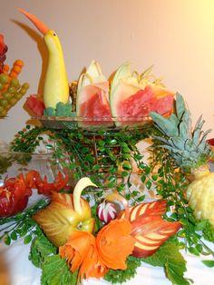 Die 131 Besten Bilder Von Obst Und Gemuse Schnitzen Dekorieren In