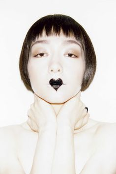 From Robin Black's blog — our favorite new source for edgy beauty inspiration.