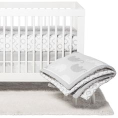 Cloud Island™  Black//White Baby Changing Pad Plush Changing Pad Cover Scallop