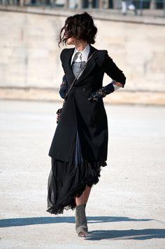 Yasmin Sewell : Paris Swag