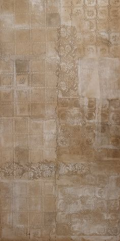 Novacolor's CalceCruda and Antiche Patine color wash to imitate the wall tiles.