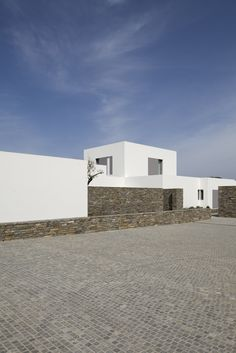 House I by John Pawson Paros House I by John PawsonParos House I by John Pawson Paros House Más ✔️ 94 Most Astonishing Modern House Design Interior Ideas 16 Casa Taíde. Architecture Renovation, Facade Architecture, Residential Architecture, Minimal Architecture, Chinese Architecture, Contemporary Architecture, John Pawson, Minimal House Design, Monsaraz