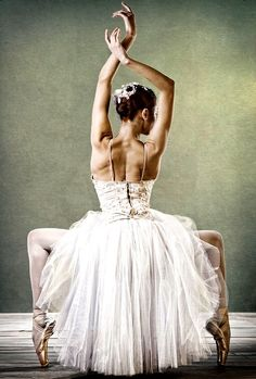 Ballet Dancer #ballet, #style, https://apps.facebook.com/yangutu/