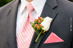 These varying shades of pink feel light and fresh! | VIA #WEDDINGPINS.NET