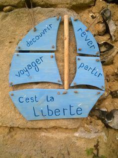 """pancarte en bois bateau """"c'est la liberté"""" : Décorations murales par ptitecrea"""