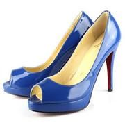 liking the blue peep-toe very much, thank you!  :)
