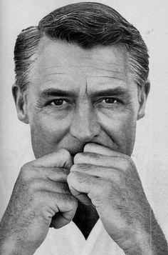 Richard Avedon - Portrait of Cary Grant Richard Avedon, Cary Grant, Hollywood Stars, Classic Hollywood, Old Hollywood, Hollywood Icons, Cinema Tv, I Love Cinema, Beautiful Men