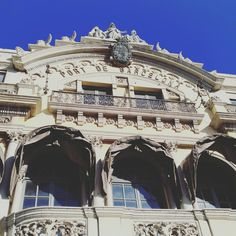 Barcelona, Louvre, Building, Travel, Viajes, Buildings, Traveling, Barcelona Spain, Trips