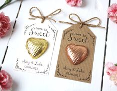 Love is Sweet – Chocolate Heart Wedding Favour - Wedding favors Sweet Wedding Favors, Wedding Favor Table, Homemade Wedding Favors, Creative Wedding Favors, Inexpensive Wedding Favors, Wedding Vows, Wedding Gifts, Chocolate Wedding Favors, Trendy Wedding