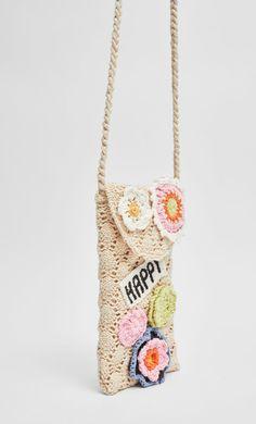 Cute Crochet, Crochet Crafts, Crochet Projects, Knit Crochet, Crochet Prayer Shawls, Diy Bags Purses, Crochet Purses, Knitted Bags, Crochet Fashion