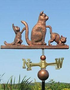 Chats de vent et non rose des vents.(Pet Weathervanes. 1016_threecats.jpg). W
