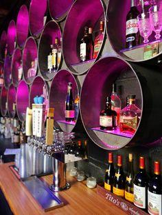 Looking for a Memphis Bar with Bar Games? Try : Railgarten memphis bar bar games Sport Bar Design, Design Café, Cafe Design, Pub Interior, Bar Interior Design, Restaurant Interior Design, Pub Bar, Restaurant Bar, Billard Bar