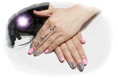 Unhas em gel cor rosa baby com nail art com pó graphite!