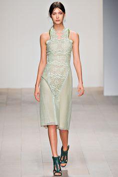 Marios Schwab Fall 2012 Ready-to-Wear Fashion Show - Amanda Hendrick