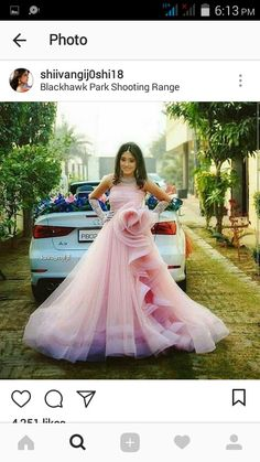 Nayra you are so nice. Indian Dresses, Indian Outfits, Cute Dresses, Prom Dresses, Wedding Dresses, Bride Reception Dresses, Gown Party Wear, Kai, Indian Bridal Lehenga