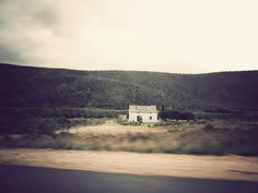 A typical Karoo house BelAfrique - Your Personal Travel Planner www.belafrique.co.za