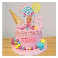 Pig Birthday Cakes, Happy Birthday Art, Fairy Birthday Party, Baby Girl First Birthday, Birthday Cake Girls, Cry Baby, Skye Paw Patrol Cake, 1st Birthday Girl Decorations, Girl Cakes