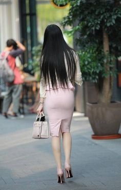 Sexy Hips, Sexy Legs And Heels, Tight Dresses, Nice Dresses, Tinkerbell Outfit, Asian Fashion, Fashion Beauty, Women's Fashion, Tights Outfit