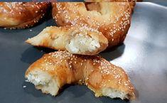 School Snacks, Pretzel Bites, Bagel, Doughnut, Bread, Breakfast, Desserts, Food, Recipies
