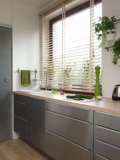 Kolor w kuchni/ color in the kitchen Kitchenette, Stores, Home Renovation, Ramen, Blinds, Kitchen Design, Curtains, House, Home Decor