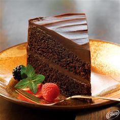Double Decadence Chocolate Cake with Glossy Chocolate Frosting from Crisco®