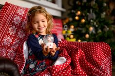 Pletené deky/Knitted blankets Christmas Sweaters, Fashion, Moda, Fashion Styles, Christmas Jumper Dress, Fashion Illustrations, Tacky Sweater