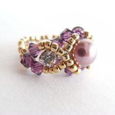 Entrapment Ring | JewelryLessons.com
