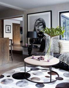 oversize art - 2014 Home Trend - Super Sized Wall Art