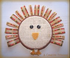 Embroidery hoop turkey - there are definitely not enough Thanksgiving projects out there!