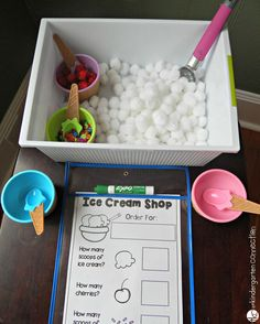 Ice cream shop small world invitation to play. Can use for role play, numeracy or science (summer). Play Ice Cream, Ice Cream Theme, Ice Play, Ice Cream Parlour Role Play, Dramatic Play Area, Dramatic Play Centers, Play Based Learning, Learning Through Play, Tuff Tray