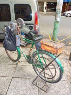 grinderbike Knife Grinder, Power Bike, Sharpening Tools, Shops, Bike Ideas, Camping Checklist, Garage Workshop, Moon Art, Haiti