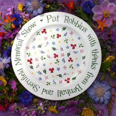 Make it personal, Wild Flowers Plate Hannah Berridge (@HannahCeramics) | Twitter