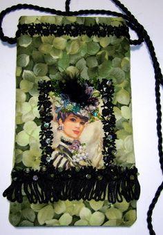Victorian Neck Purse PATTERN AVAILABLE etsy.com/shop/fabricprintcottage