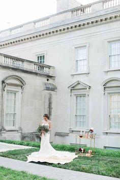 Virginia Museum of Fine Art bridal portrait