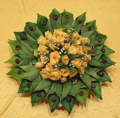 30 Betel Leaf Plate Decoration ideas to inspire you - Wedandbeyond Indian Wedding Gifts, Indian Wedding Decorations, Diwali Decorations, Flower Decorations, Arti Thali Decoration, Mandir Decoration, Wedding Gift Wrapping, Marriage Decoration, Flower Rangoli