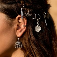 Hair ring awesomeness! FAROE. Silver Feather Charm Hair Rings