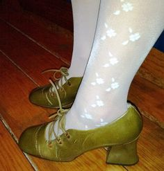 ACCEPT OFFERS Vintage 60's 70's lace up shoes green sz 7 bell heel on Etsy, $43.59