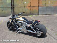 Harley-Davidson V-Rod by Tecnobike