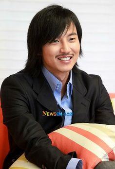 Thai Drama, Celebs, Celebrities, Perfect Man, Kdrama, Photo Galleries, Korean, Pisces, Actors