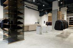 缔翌商业空间设计机构 | store design | branding | windows design | visual merchandising | exhibit design | materials | WeChat: t75862446 | WeChat public No:D-esign-HK | Email:isdragon.1@gmail.com