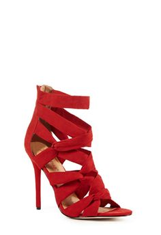 This is the best ever! ME WANT THESE TOO!!!! (Boy, shoes sure bring out the cavewoman in me. :-) )