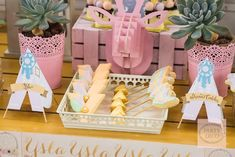 Ysla's Boho Chic Themed Party – Dessert Spread - Sweet Treats Party Deco, Party Desserts, Dessert Party, Sweet 16 Parties, Boho Diy, 5th Birthday, Birthday Ideas, Dessert Table, Party Themes