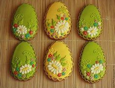 Купить Пряник Яйцо пасхальное с цветами - пряник, расписные пряники, пасхальный сувенир, пасхальный подарок