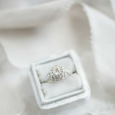 The gorgeous Edwardian Vintage Engagement Ring with an old European cut diamond in a delicate platinum setting!