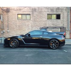 2010 Nissan GT-R.. 685rwhp.