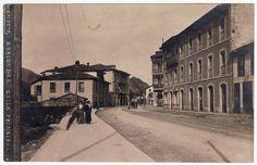 Calle Principal de Arriondas. Colección de Luciano Lorenzutti. Fotografía de Modesto Montoto, s/f.