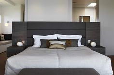 Bedroom  Northbridge home-Hare + Klein | Interior Designers