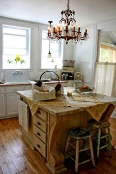great kitchen island!