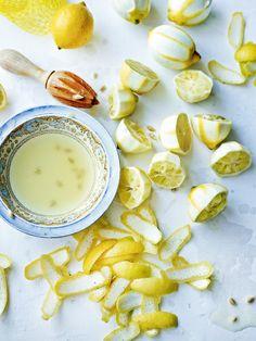 Lemons and lemon peels. Martin Poole Photography Food Photography Styling, Pool Photography, Food Styling, Food Pictures, Fruit Food, Veggie Food, Veggie Dishes, Polaroids, Fruit Recipes