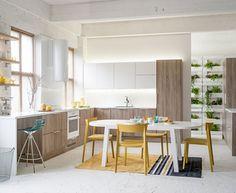 Topin Aitta-mallin uutuusväri tryffeli tammi, kuin pala luontoa omassa keittiössäsi. Tämä malli ja uutuusväri antavat keittiöön kotoisan ilmeen.